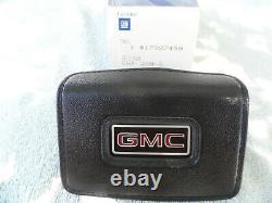 1978-1987 Nos Gmc Sierra Classic Grande Truck Suburban Horn Cap Gm P/n 17987490